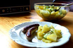 kartoffelsalat mit halben kartoffeln