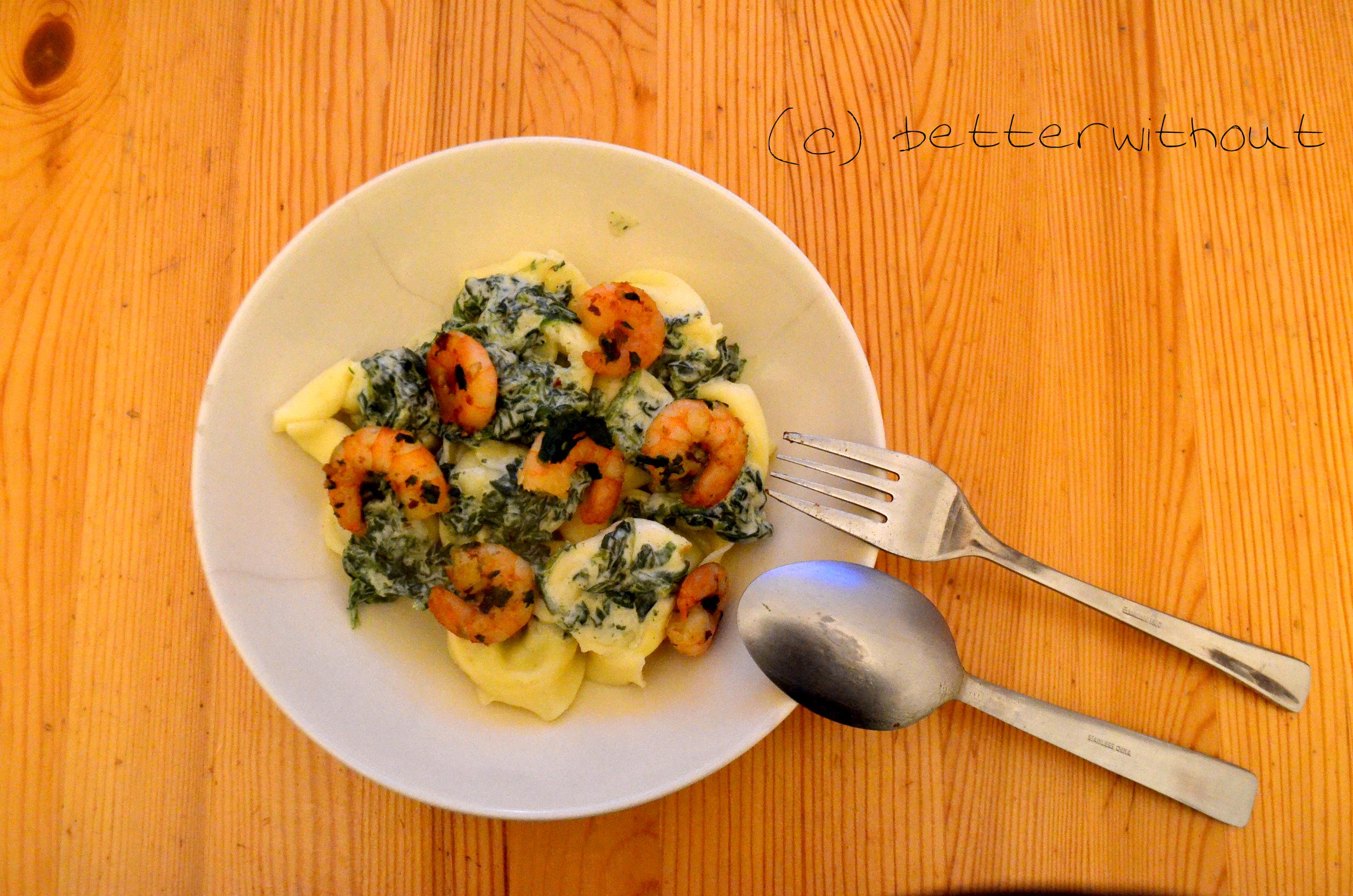 Tortellini mit Scampi und Spinat